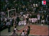 moments_16_kareem_74finals_g6_grab