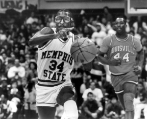 a328c6b0b6a Elliot Perry (along with his goggles and socks, although you can't see them  here) led Memphis State to a comeback victory over Louisville with 17  second ...