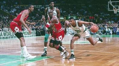 Reggie-Lewis-Michael-Jordan